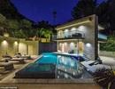 Bên trong căn nhà tại kinh đô điện ảnh Hollywood của nữ ca sĩ giàu nhất thế giới Rihanna