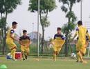 """Ngôi sao U22 Việt Nam """"choáng"""" vì SEA Games tổ chức trên sân cỏ nhân tạo"""