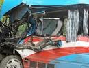 Xe chở đoàn thiện nguyện gặp nạn, 2 người chết, 10 người bị thương