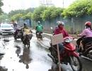 Người dân khốn khổ vì đoạn phố ngập nước cống ở Hà Nội