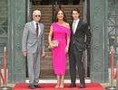 Catherine Zeta Jones quyến rũ dự sự kiện cùng chồng con