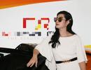 Nguyễn Hồng Nhung dự sự kiện làm đẹp lớn nhất thế giới