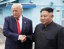 Ông Trump mềm mỏng bất thường sau 3 vụ phóng tên lửa của Triều Tiên