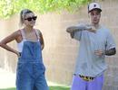 Justin Bieber và vợ dạo phố cuối tuần