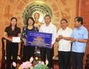Phó Chủ tịch nước trao quà hỗ trợ đồng bào bị thiệt hại do mưa lũ