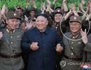 Ông Kim Jong-un phong hàm quân đội cho hơn 100 nhà khoa học quốc phòng