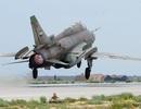 """Máy bay chiến đấu Su-22 của Syria bị bắn rơi ở """"chảo lửa"""" Idlib"""