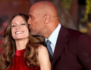 """""""Vua bọ cạp"""" Dwayne Johnson kết hôn ở tuổi 47"""