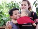 Xúc động câu chuyện cô gái trẻ cứu 2 đứa trẻ suýt bị chôn sống