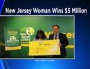 Người phụ nữ trúng 5 triệu đô la xổ số ngay sau khi cầu nguyện người mẹ đã mất phù hộ