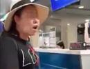 """Nữ hành khách gây """"náo loạn"""" sân bay vì không được miễn cước hành lý"""