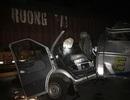 Xe khách húc đuôi xe container trong đêm, 16 người bị thương