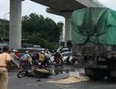 Hà Nội: Va chạm với xe đầu kéo, nữ sinh đi xe máy tử vong tại chỗ