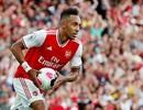 Arsenal 2-2 Tottenham: Chia điểm, ghìm chân nhau