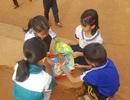 """Thiết thực dự án """"Thư viện về buôn"""" cho trẻ em nghèo"""