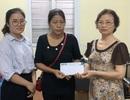 Người phụ nữ Hà Nội tức tốc vào viện tặng 30 triệu đồng đến người vợ quên mình cứu chồng