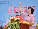 Phú Thọ: Đại sứ Nguyễn Nguyệt Nga cùng đoàn công tác tặng 1,1 tỉ đồng xây trường học