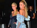 Paris Hilton xinh đẹp đọ sắc với em gái
