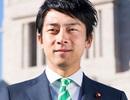 """Tân Bộ trưởng 38 tuổi """"chiếm sóng"""" truyền thông Nhật Bản"""