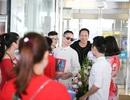 NTK Đỗ Trịnh Hoài Nam được chào đón tại sân bay hậu New York Couture Fashion Week
