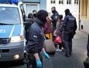 Đức bắt 9 nghi phạm người Việt trong đường dây buôn người