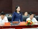 """Bộ trưởng Bộ Y tế kiểm tra """"điểm nóng"""" bệnh sốt xuất huyết của miền Trung"""