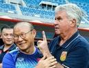 Liên đoàn bóng đá Trung Quốc lỗ nặng sau khi sa thải HLV Guus Hiddink
