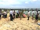 Học sinh sa xuống hố khai thác cát khi tắm sông
