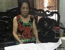 """Hà Nội: Phó chủ tịch quận ký văn bản khiến cụ bà 77 tuổi """"cạn nước mắt"""" xin cấp sổ đỏ"""