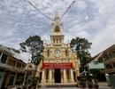 Nhà thờ hơn trăm tuổi, trầm mặc giữa Sài Gòn sôi động