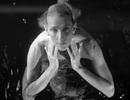 """Celine Dion ở tuổi 51 tự tin để """"mặt mộc"""" xuất hiện trong MV mới"""