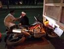 """Tai nạn """"kép"""" vì xe máy lưu thông vào đường cấm trên cầu Sài Gòn, 3 người thương vong"""
