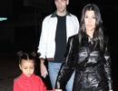 Con gái Kim Kardashian diện toàn đồ hiệu