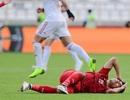 Va chạm mạnh với cầu thủ Iran, Đức Huy bị mất trí nhớ tạm thời