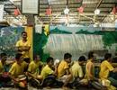 Tù nhân nằm xếp lớp và cuộc sống băng nhóm quản lý trong nhà tù Philippines