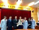 Chủ nhân giải nhất Nhân tài Đất Việt trao 200 triệu tiền giải thưởng cho bệnh nhân, người nghèo