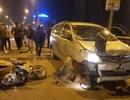 """Xe """"điên"""" tông nhiều xe máy, 4 người bị thương nặng"""