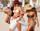 Siêu mẫu Anh mang thai lần thứ 4
