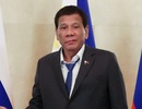 """Tổng thống Philippines gây tranh cãi vì mặc đồ """"xuề xòa"""" khi gặp Thủ tướng Nga"""