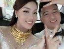Nữ giảng viên quyến rũ, đeo vàng trĩu cổ trong ngày lên xe hoa