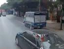 Ôtô con chèn đầu xe công-ten-nơ để vượt - Đừng lấy tai nạn làm kinh nghiệm