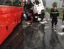 Xe tải đối đầu xe khách, 1 người tử vong, 10 người bị thương