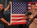 Kì lạ đại lí Ford tại Mỹ tặng súng cho khách mua xe