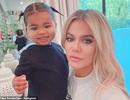 Khloe Kardashian không ngăn cản bạn trai bội tình gặp con gái