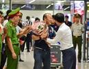 Đội tuyển Việt Nam về tới Hà Nội sau trận đại thắng Indonesia