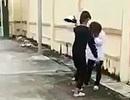 Điều tra vụ nữ sinh bị đánh bằng mũ bảo hiểm