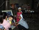 Đau đớn cảnh 2 con thơ cùng lúc mất cả bố lẫn mẹ trong vụ tai nạn thương tâm