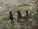 Xác minh ADN của 2 thi thể nam giới trôi dạt vào bờ biển