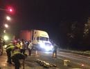 Vượt đèn đỏ, nam thanh niên tử vong khi đụng xe container
