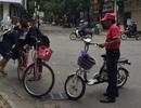 Quảng Ngãi: Tiềm ẩn nguy cơ tai nạn khi học sinh đi xe đạp điện đến trường